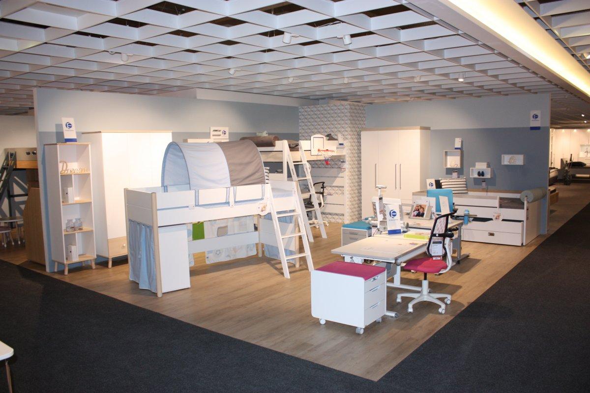 Mobel Ehrmann In Rastatt Mit Bildergalerie Familienwerk Feiert