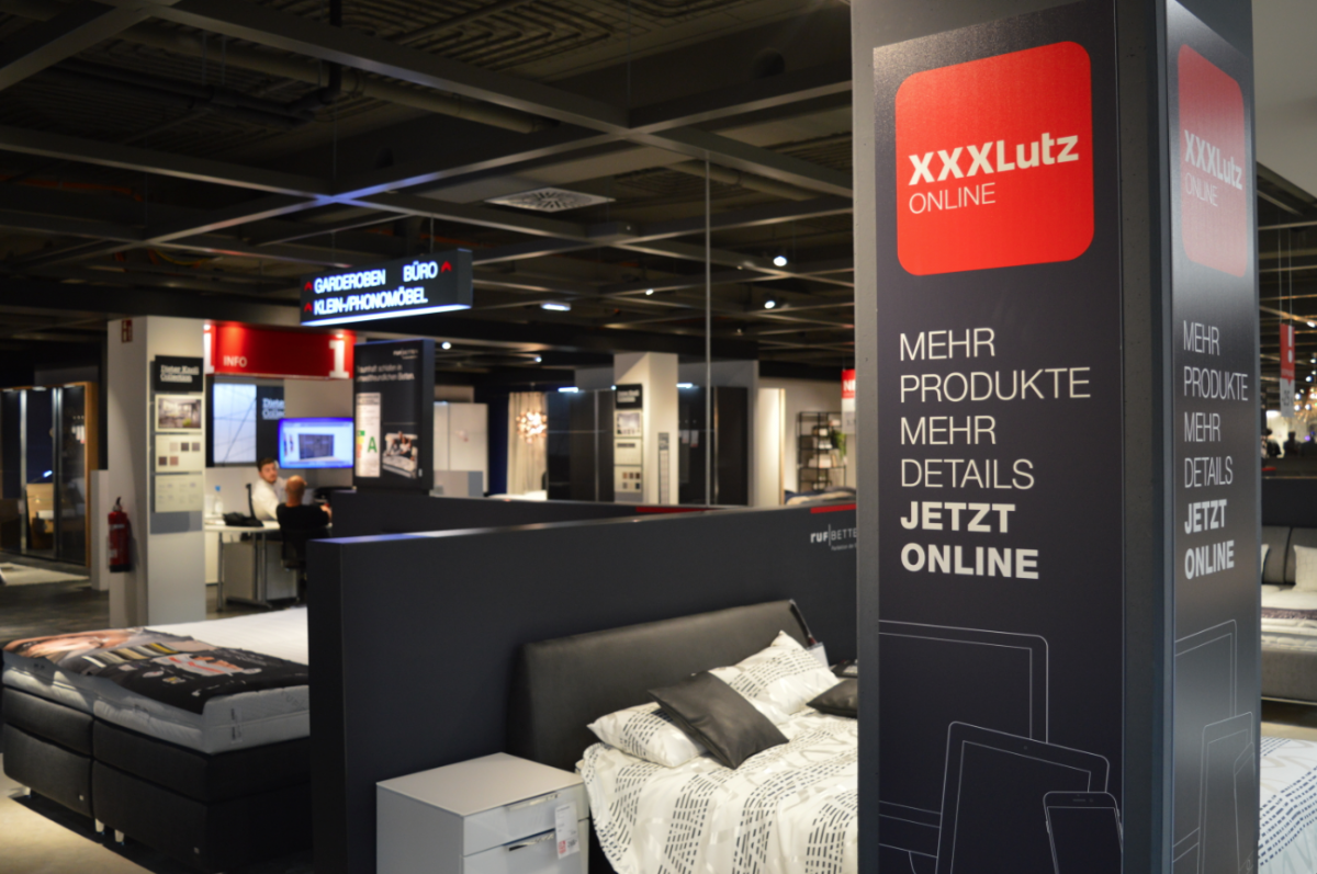 xxxlutz er ffnet in villingen schwenningen das neue xxxl vorzeigehaus in unserer bilderstrecke. Black Bedroom Furniture Sets. Home Design Ideas